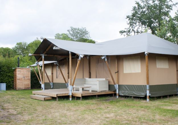 Glamping via Last Minute Sites